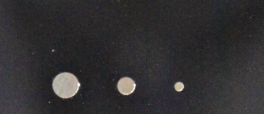 Silicon-Wafer-Holes
